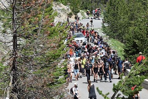 Migrants dans les Alpes, une marche contre les frontières
