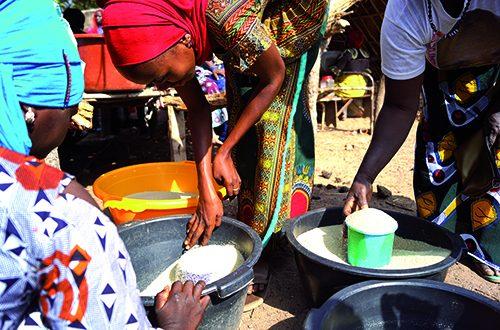 Jour de marché à Dindéfélo
